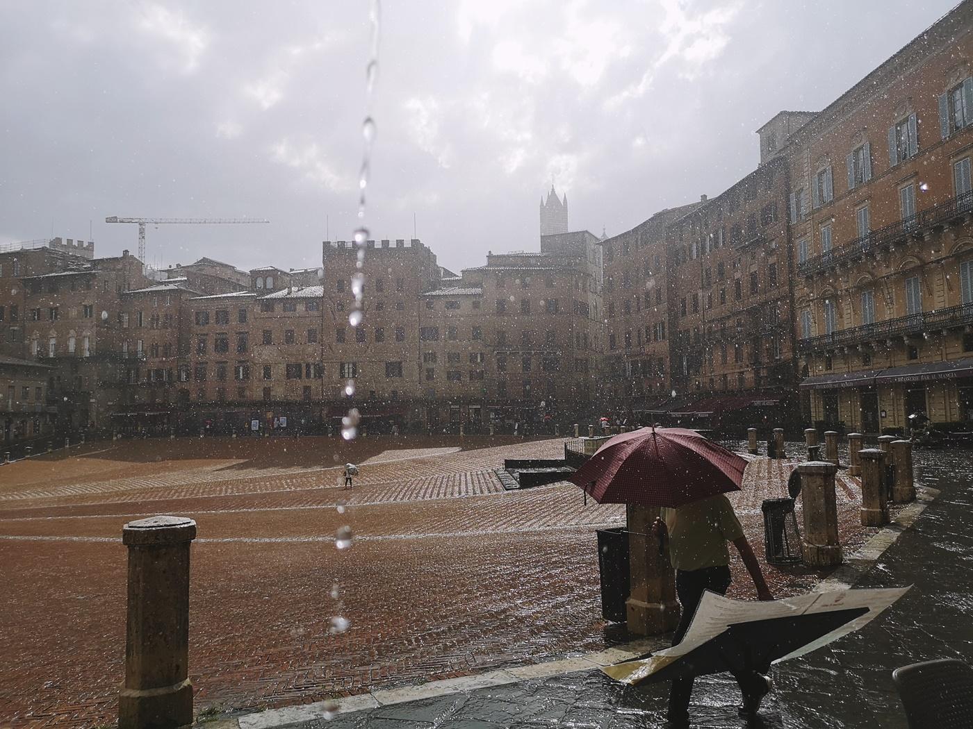 deszcz w Toskani